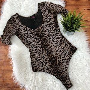 Bebe leopard print mesh bodysuit size Medium